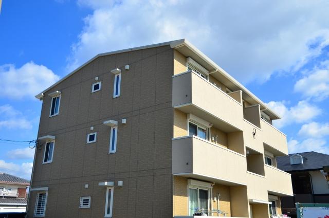 アパート・マンション経営の利回り。相場と計算方法で目安を知ろう