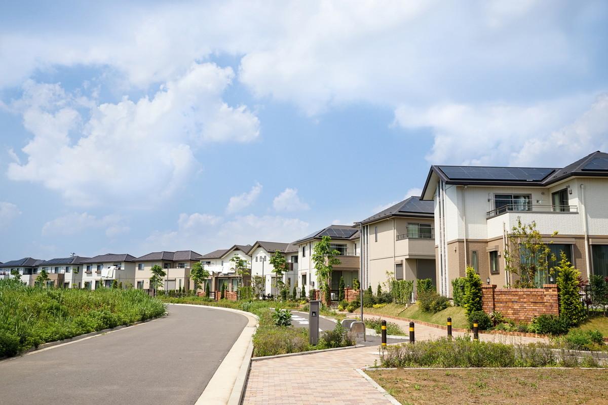 家を売る際のお金の注意点。税金・手数料、より高く安心して売る
